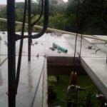 Proses pemasangan panel lantai di graha family, wiyung, surabaya